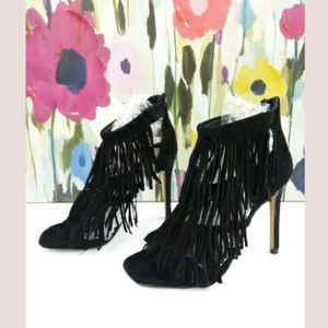 Steve Madden Sz 6.5 Fringly Black High Sandals